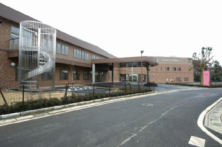 介護老人保健施設 ケア大宮花の丘