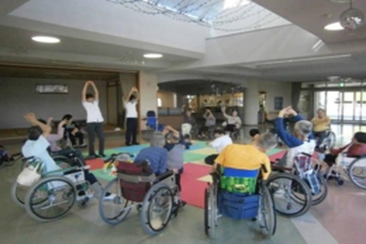 障害者支援施設 夢ようようの介護スタッフ