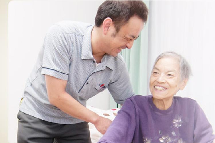 介護付有料老人ホーム リンデンバウム日明 の介護職員・正社員