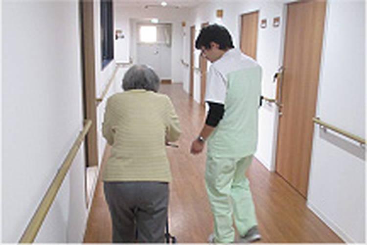 介護付有料老人ホーム ドーミー中野江古田の介護職員