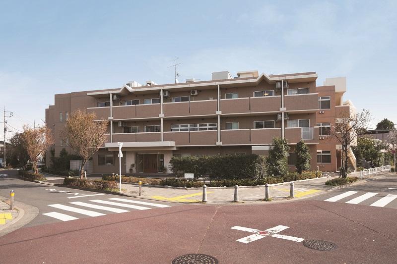 ニチイホーム成城|介護スタッフ